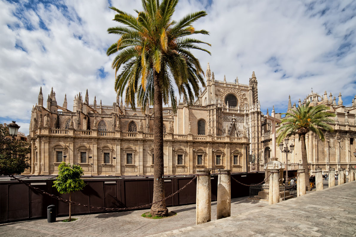 cathedrale-notre-dame-siege-seville