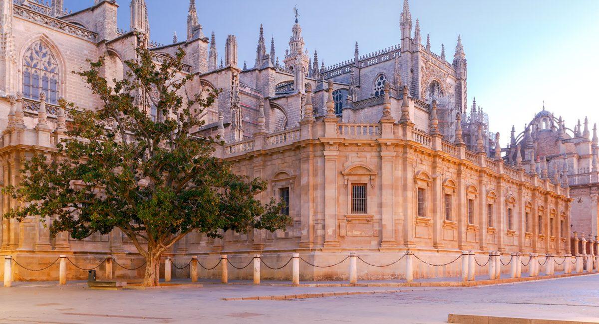 exterieur-cathedrale-seville