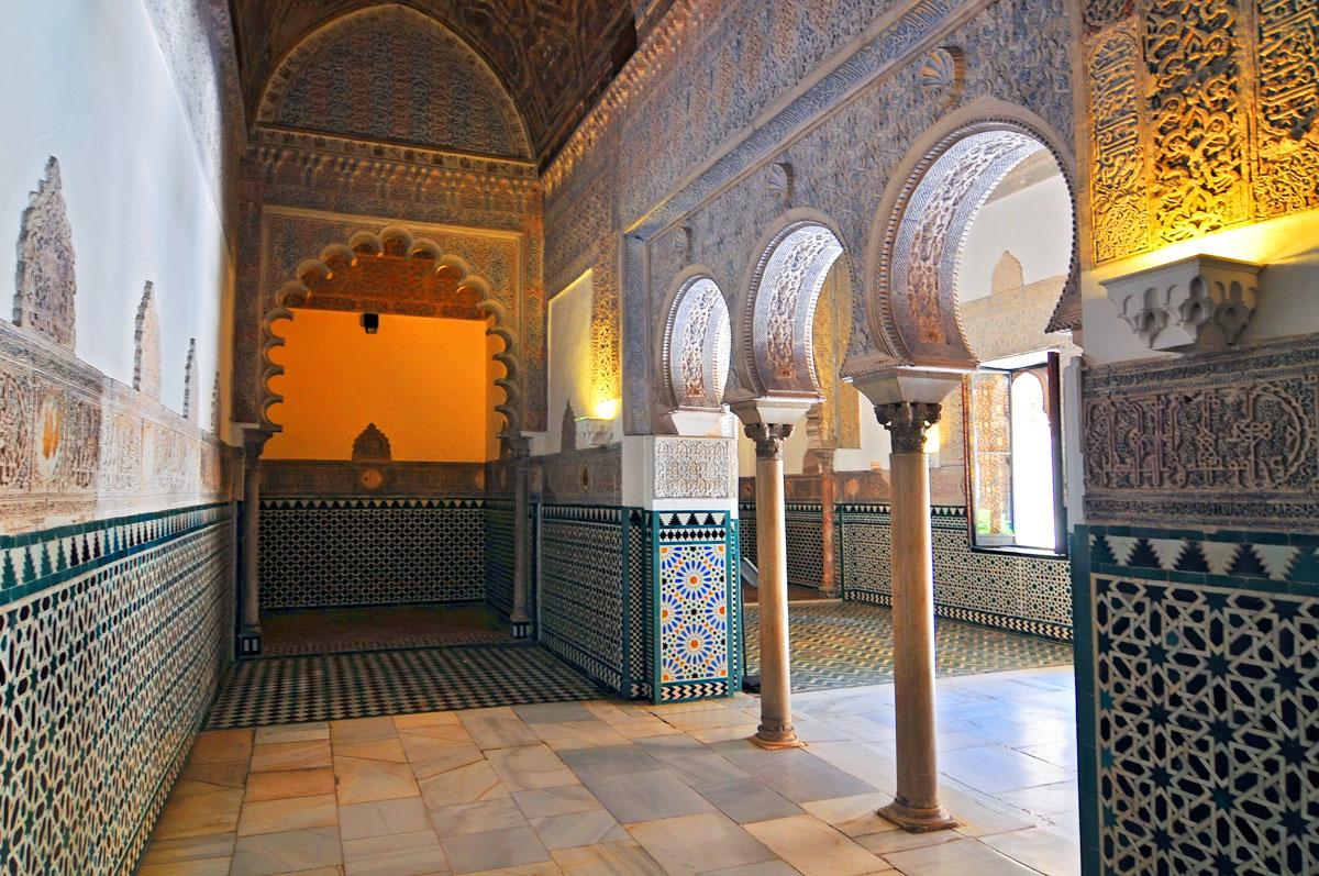 palais-alcazar-seville-interieur
