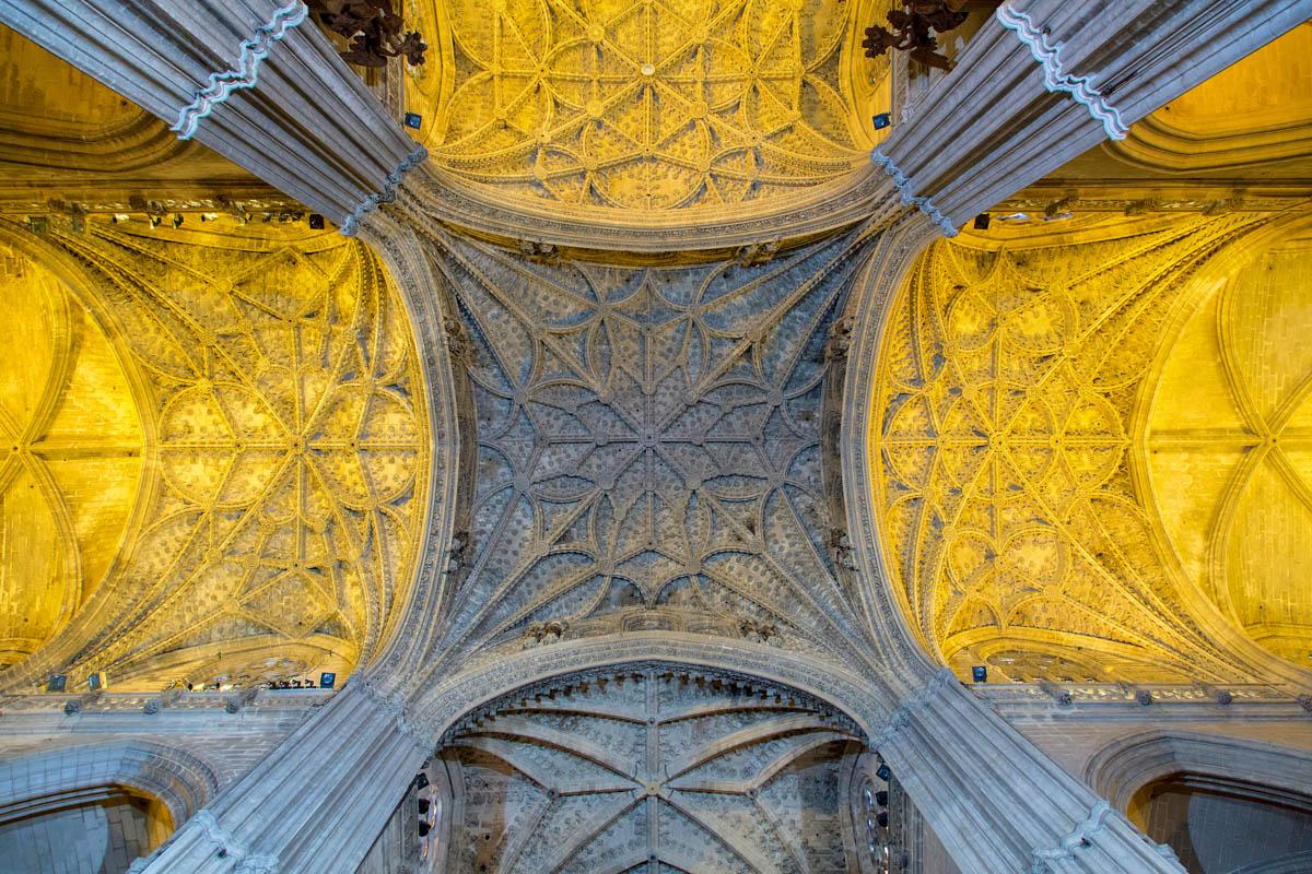 plafond-cathedrale-seville