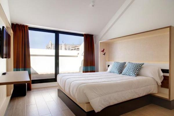 toc-hostel-seville